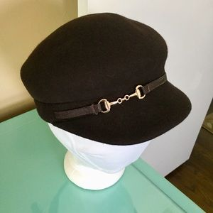 Sonoma Brown Wool Newsboy Cap Faux Leather Chain